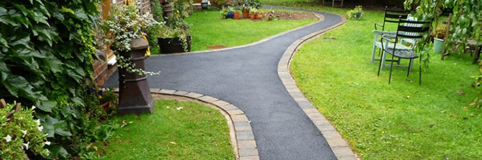 When it comes to choosing a tarmac and ground works contractor in Ireland, choose the experts, choose KILDARE TARMAC & ASPHALT.
